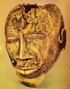 Ashanti..800px-Máscara_de_oro_-_tesoro_del_rey_Kofi_Kolkalli
